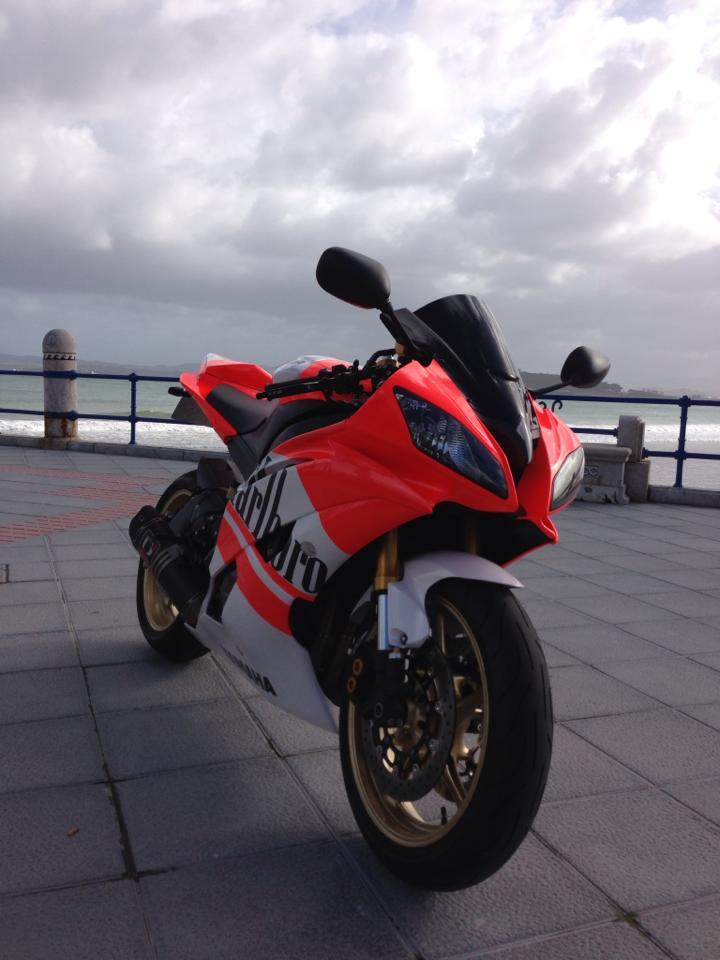 Pintura Moto Yamaha r6 2008