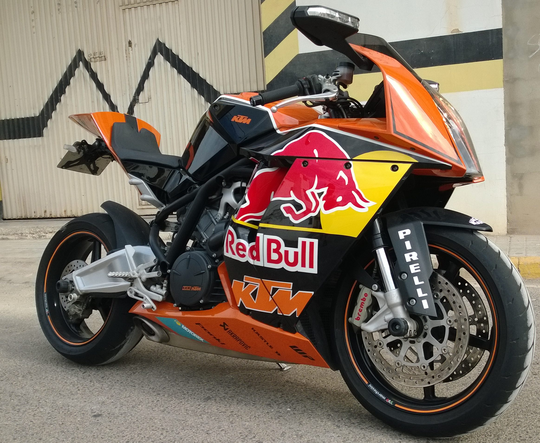 pintura moto ktm rc8 redbull vinilamos motos cascos carenados de competici n motomodding. Black Bedroom Furniture Sets. Home Design Ideas