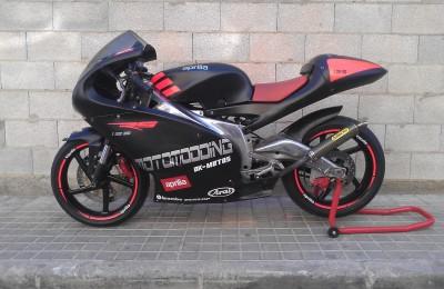 Pintura moto competición Aprilia rs 125