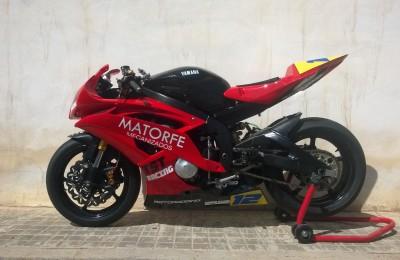 Pintura moto de competición Yamaha r6 superstock